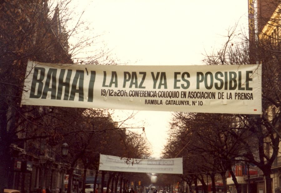 Pancarta Bahai diciembre 1985
